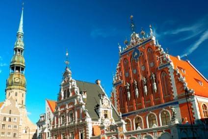 Flüge - Von, nach und ab Lettland günstig buchen