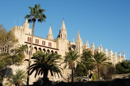 Flüge - Von, nach und ab Spanien günstig buchen