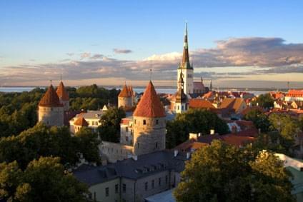 Flüge - Von, nach und ab Estland günstig buchen