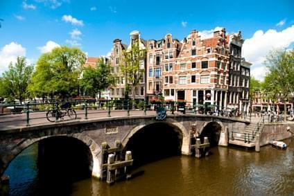 Flüge - Von, nach und ab Niederlande günstig buchen